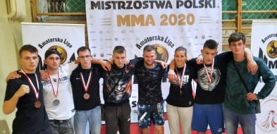 Medalowe zdobycze bydgoskich zawodników w MMA-23642