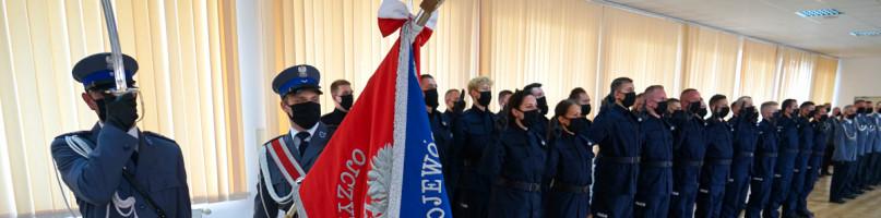 33 nowych policjantów ma kujawsko-pomorska policja-23724
