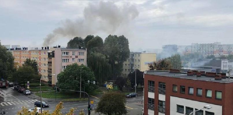 Pożar mieszkania w bloku przy ul. Skłodowskiej-Curie 64 - 23871