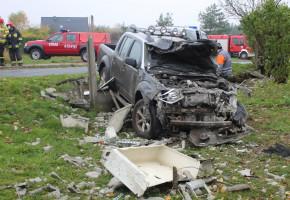 Jazdę nissanem zakończył na przyłączu gazowym-23968