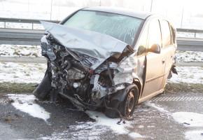Kierowca opla pojechał na A1 za szybko. Skutki opłakane...-24529