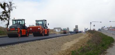 Zatrzymanie ruchu na budowanej drodze ekspresowej S5...-25600