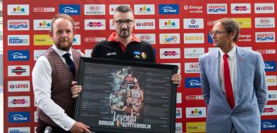 Dorian Szyttenholm kończy karierę sportową. Pożegnanie na meczu ligowym-26292