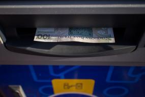 Niektóre banki zapowiadają przerwy w usługach. Sprawdź, co nie będzie działać-26366