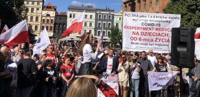 """Marsz w Toruniu - """"Stop Segregacji Sanitarnej""""-26676"""