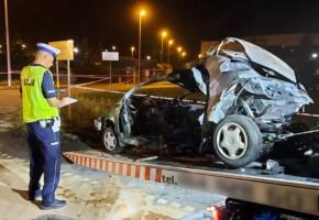 Zderzenie w Świeciu. Oba pojazdy stanęły w ogniu, a kierowcy zginęli-26709