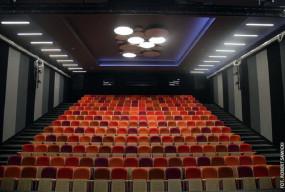 Odbudowany gmach Teatru Kameralnego przekazany aktorom-26975