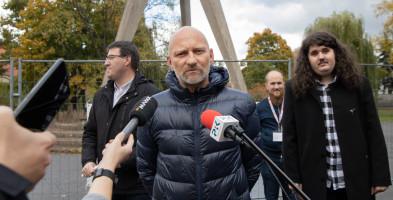 Protest przeciw zburzeniu pomnika Tysiąclecia Państwa Polskiego-27038