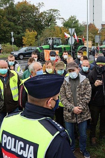 Protest rolników. Blokokada ul.  Nad Torem-8716