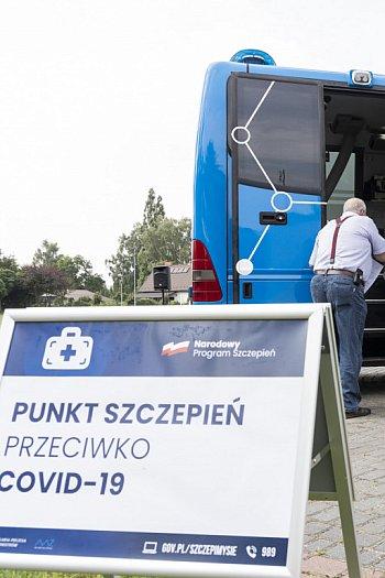 Szczepionkobus ruszył w trasę po województwie-8996